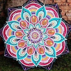 Mandala budista en color